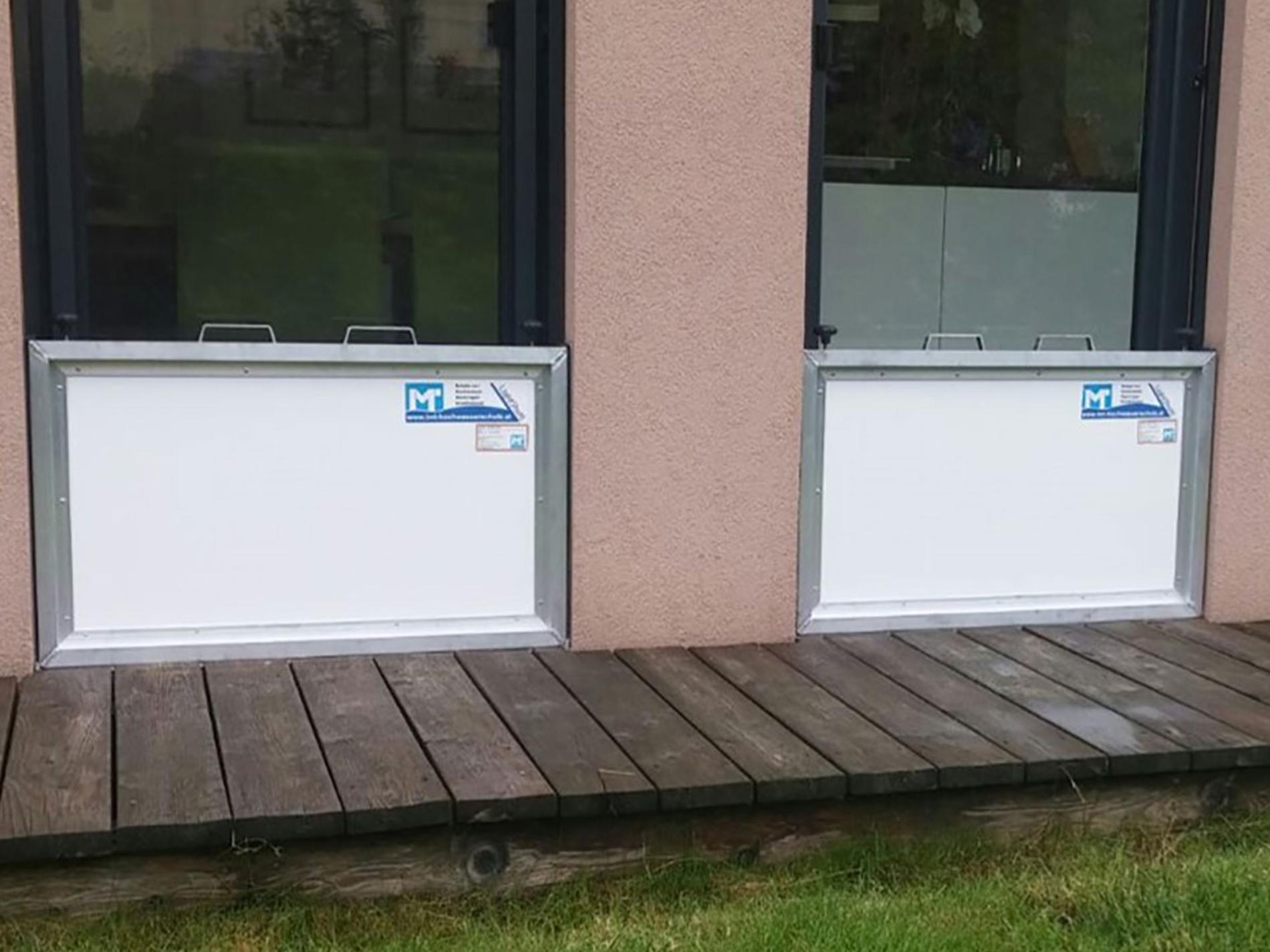 lightshott 2 dichtebene imt hochwasserschutz schutzsysteme objektschutz. Black Bedroom Furniture Sets. Home Design Ideas